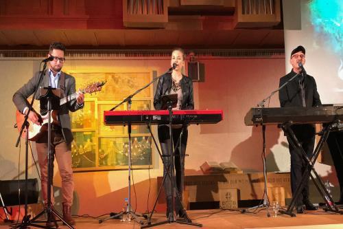 Trio auf Bühne in Degersheim-2